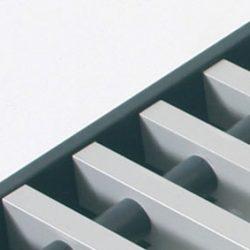 Convectorrooster vervaardigd uit grijs aluminium