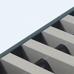 Convectorrooster vervaardigd uit zijdegrijs aluminium