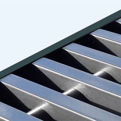 Rolrooster vervaardigd uit 'RVS Look' aluminium