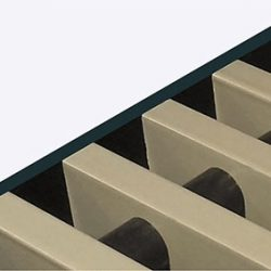Rolrooster vervaardigd uit pastelgrijs aluminium